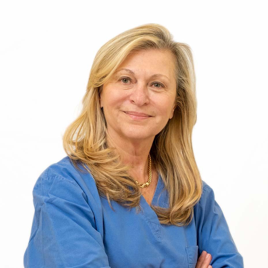 Dott.ssa Olivia Capozzi Chirurgo Plastico - chirurgia plastica Ferrara Medica - poliambulatorio specialistico privato a Ferrara (FE)